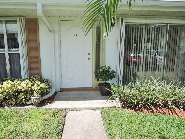 Photo of 1210 S Lakes End Drive #Apt C, Fort Pierce, FL 34982 (MLS # RX-10662522)