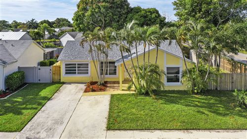 Photo of 101 Wingate Drive, Jupiter, FL 33458 (MLS # RX-10598525)