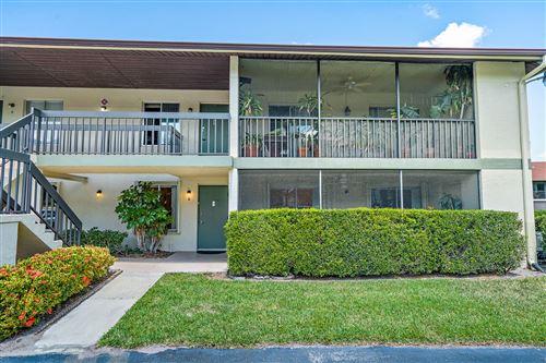 Photo of 6436 Chasewood Drive #B, Jupiter, FL 33458 (MLS # RX-10706528)