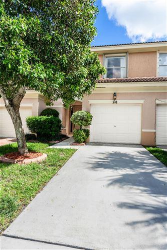 Foto de inmueble con direccion 218 River Bluff Lane Royal Palm Beach FL 33411 con MLS RX-10645529