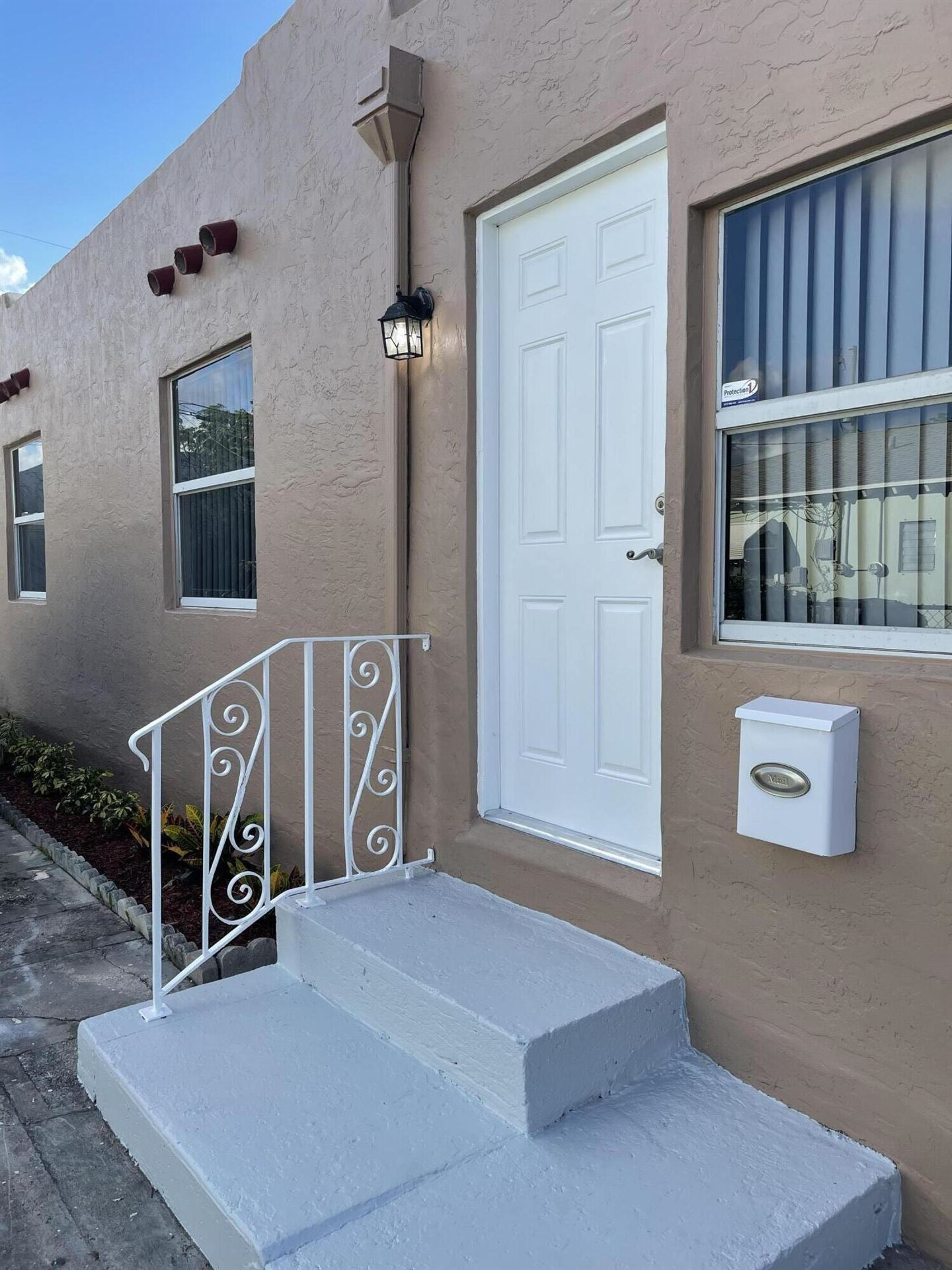 422 Oxford Street, West Palm Beach, FL 33405 - MLS#: RX-10753529