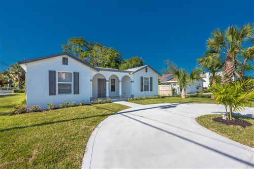 Photo of Listing MLS rx in 425 E Lakewood Road West Palm Beach FL 33405