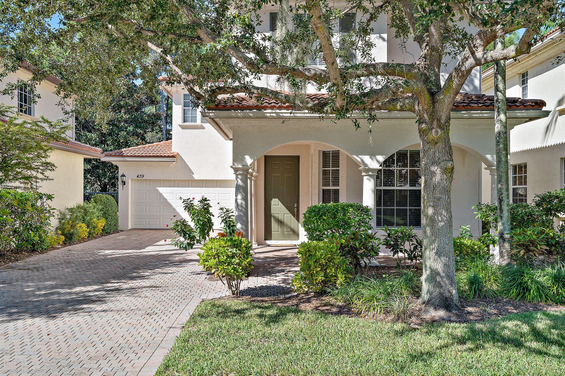 Photo of 439 Pumpkin Drive, Palm Beach Gardens, FL 33410 (MLS # RX-10728530)