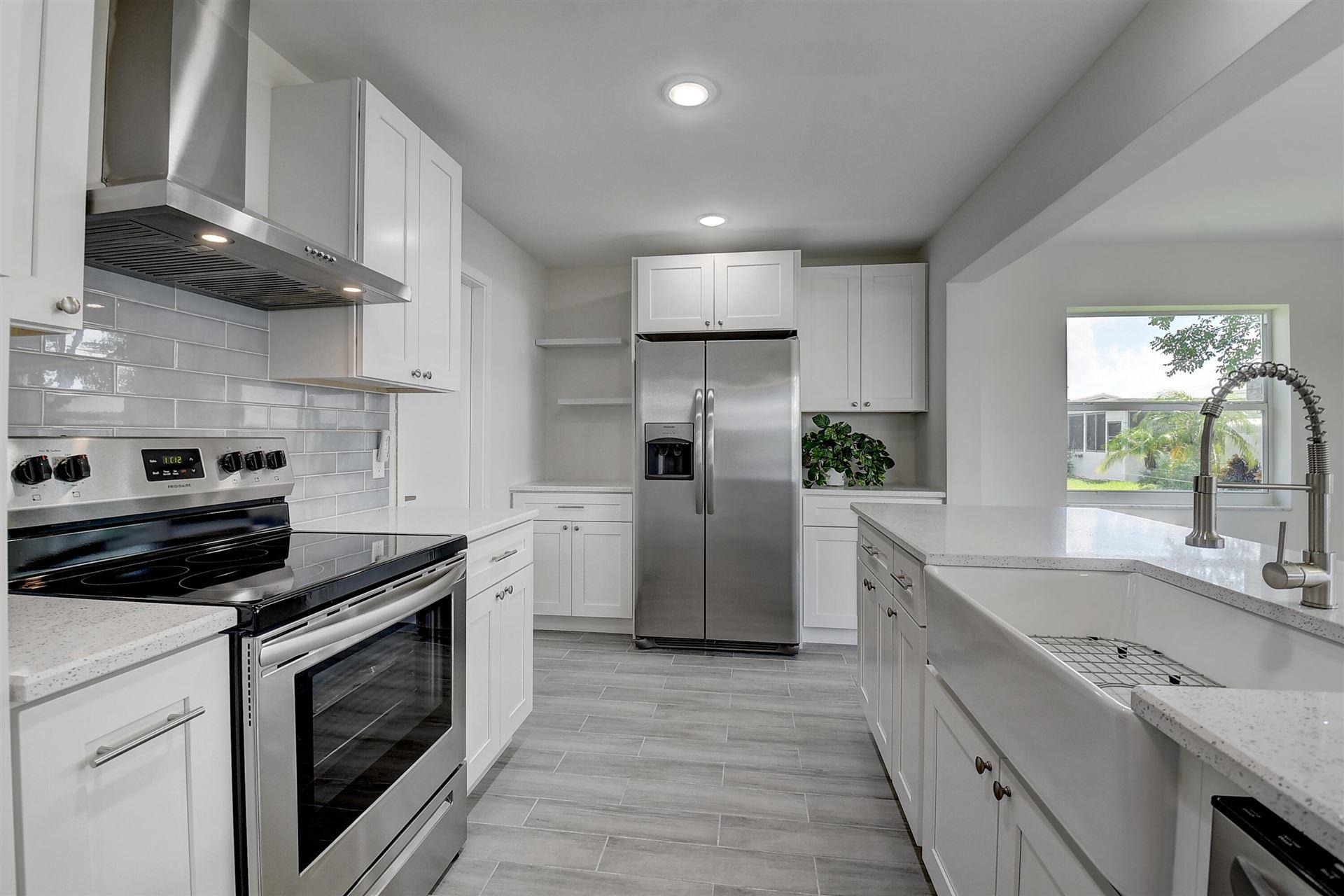 2372 SW 11th Avenue, Boynton Beach, FL 33426 - MLS#: RX-10732530