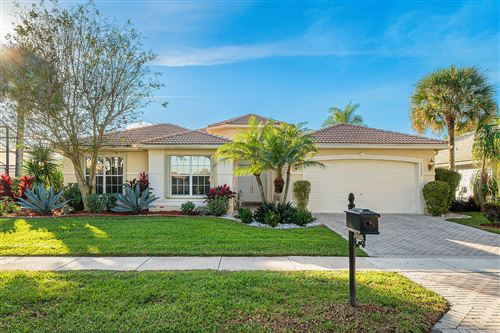 Photo of 13498 Barcelona Lake Circle, Delray Beach, FL 33446 (MLS # RX-10593531)
