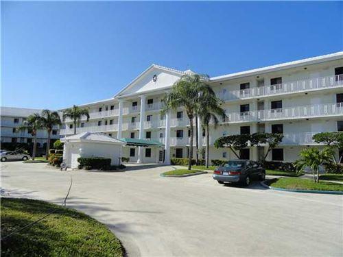 Foto de inmueble con direccion 3501 Village Boulevard #201 West Palm Beach FL 33409 con MLS RX-10639531