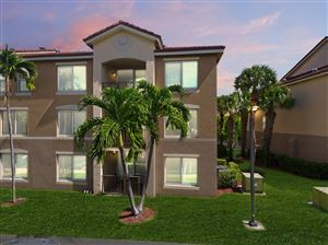 Photo of 815 Villa Circle, Boynton Beach, FL 33435 (MLS # RX-10554536)