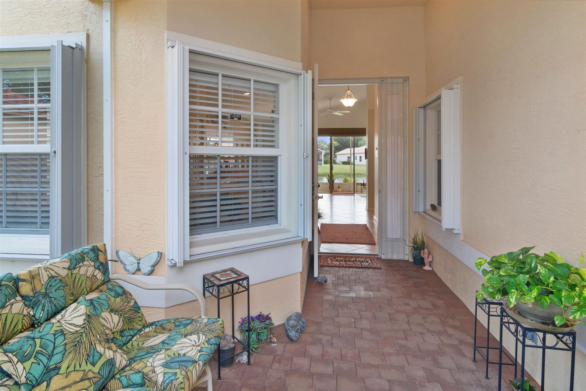 Photo of 328 NW Breezy Point Loop, Port Saint Lucie, FL 34986 (MLS # RX-10639536)