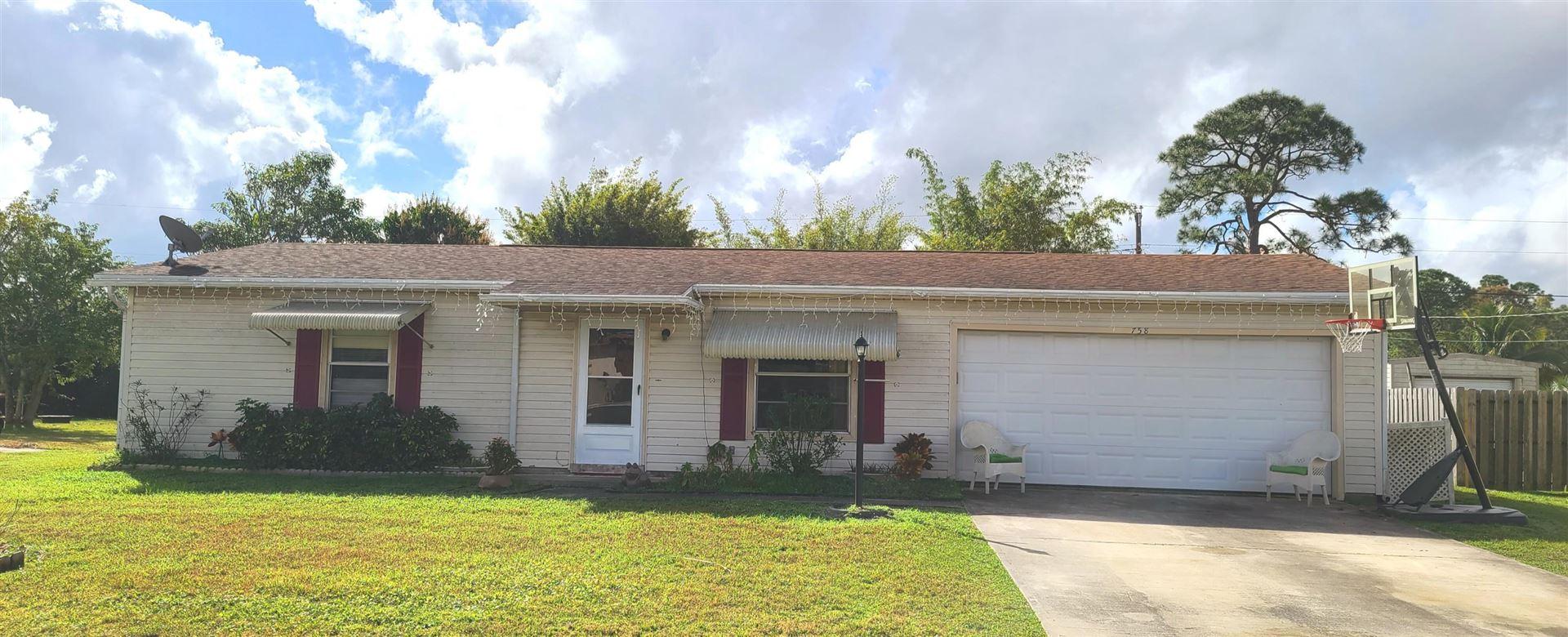 758 SE Brookedge Avenue, Port Saint Lucie, FL 34983 - #: RX-10691538