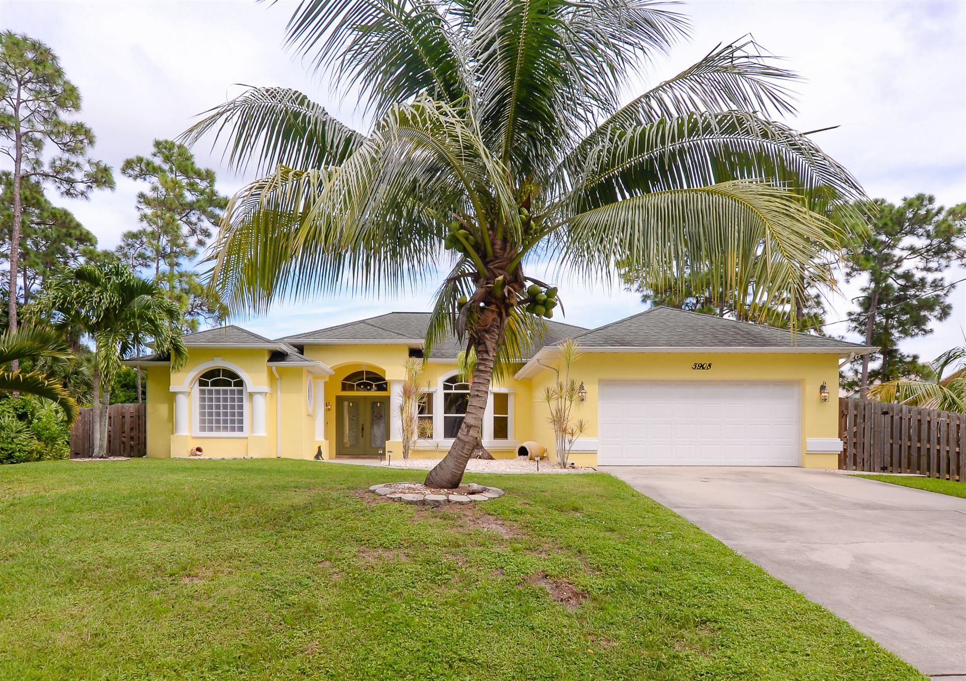 5908 Hickory Drive, Fort Pierce, FL 34982 - #: RX-10654539