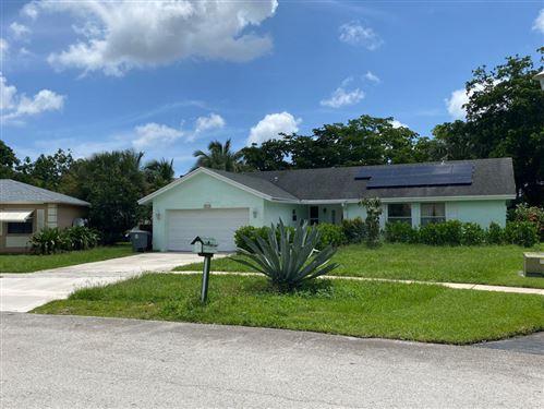 Photo of 9239 Southampton Place, Boca Raton, FL 33434 (MLS # RX-10732541)