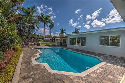 Photo of 1009 SE 10th Court, Deerfield Beach, FL 33441 (MLS # RX-10643542)
