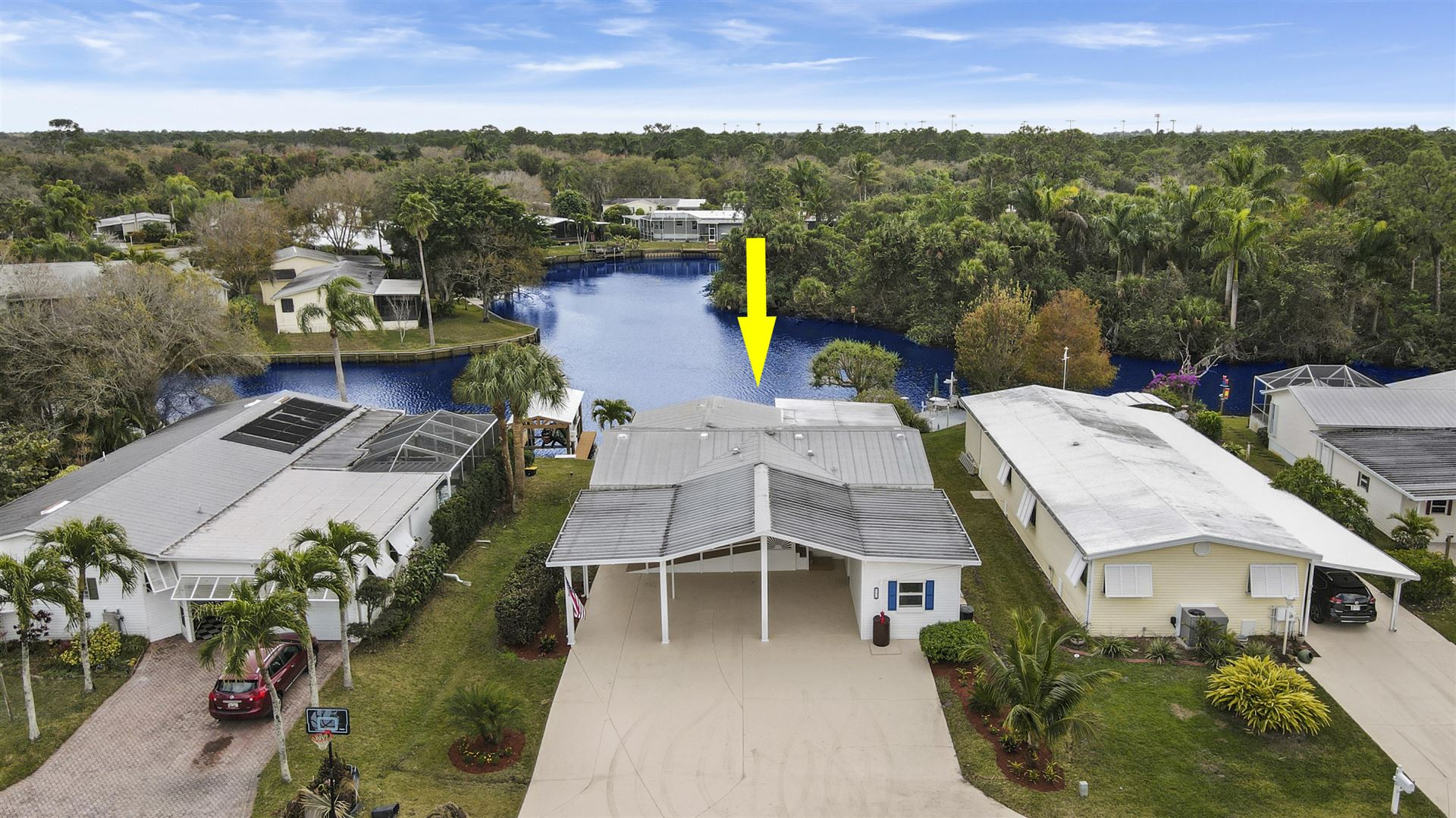 132 SE Paradise Place, Stuart, FL 34997 - #: RX-10697542
