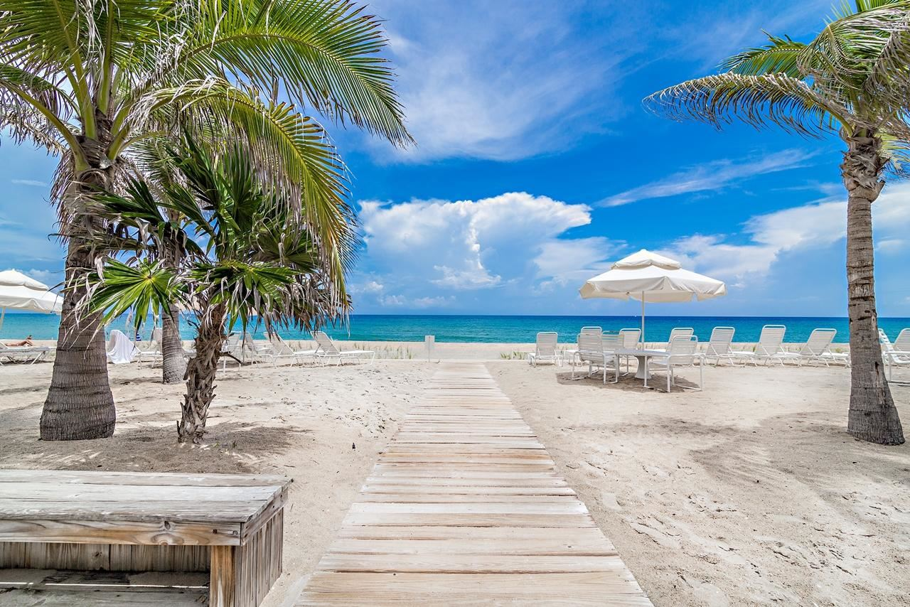 Photo of 139 Sunrise Avenue #407, Palm Beach, FL 33480 (MLS # RX-10686543)