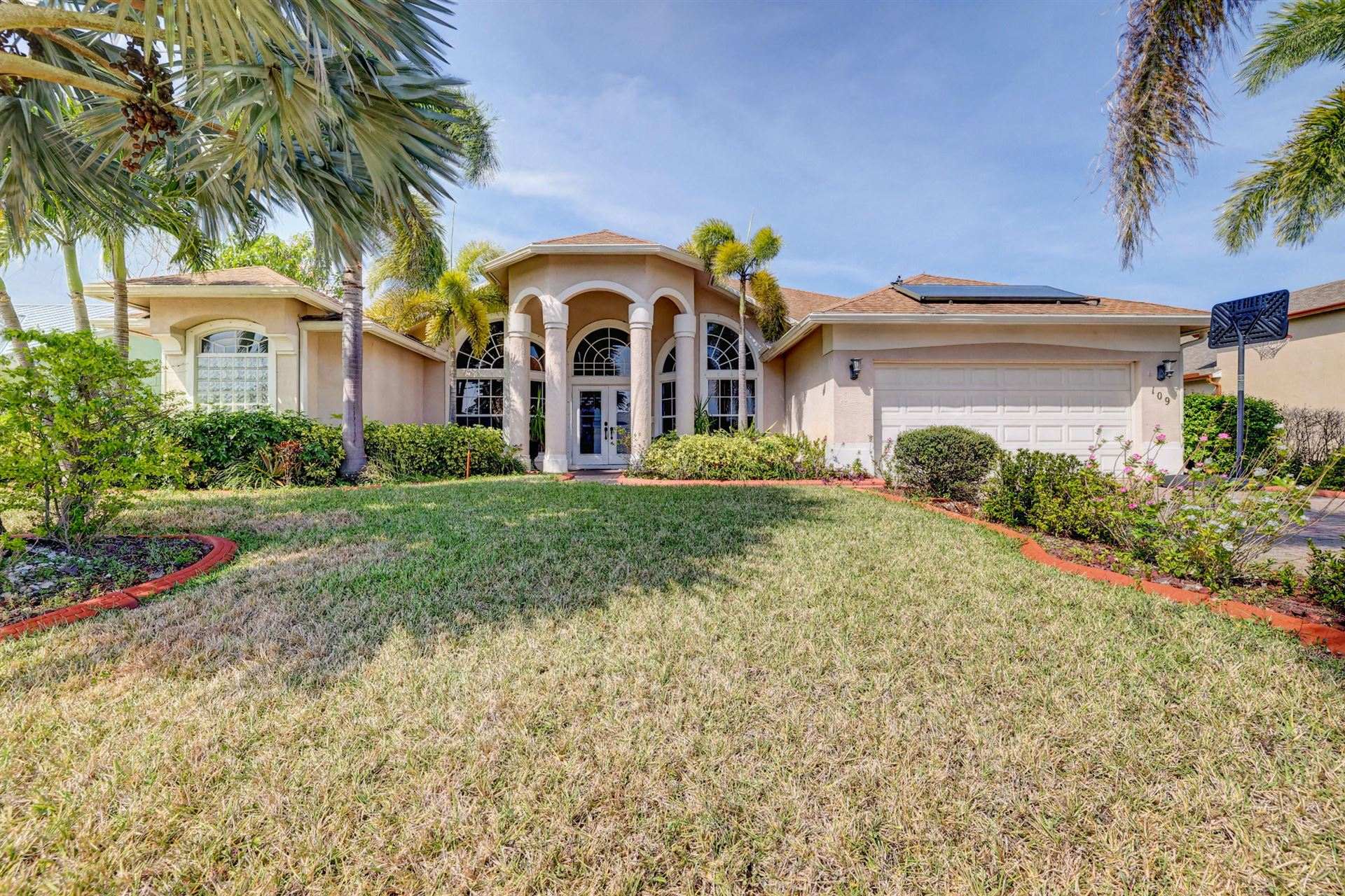 109 SW South Wakefield Circle, Port Saint Lucie, FL 34953 - #: RX-10699544