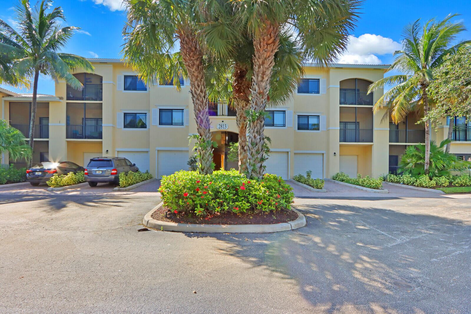 Photo for 2813 Grande Parkway #202, Palm Beach Gardens, FL 33410 (MLS # RX-10750550)