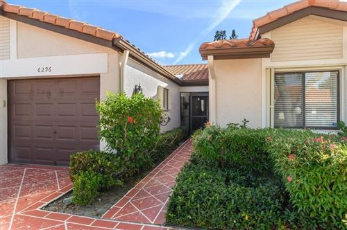 Photo of 6296 Kings Gate Circle, Delray Beach, FL 33484 (MLS # RX-10598551)