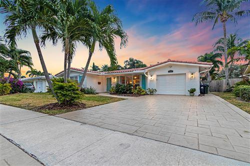 Photo of 2030 NE 59 Place, Fort Lauderdale, FL 33308 (MLS # RX-10684551)