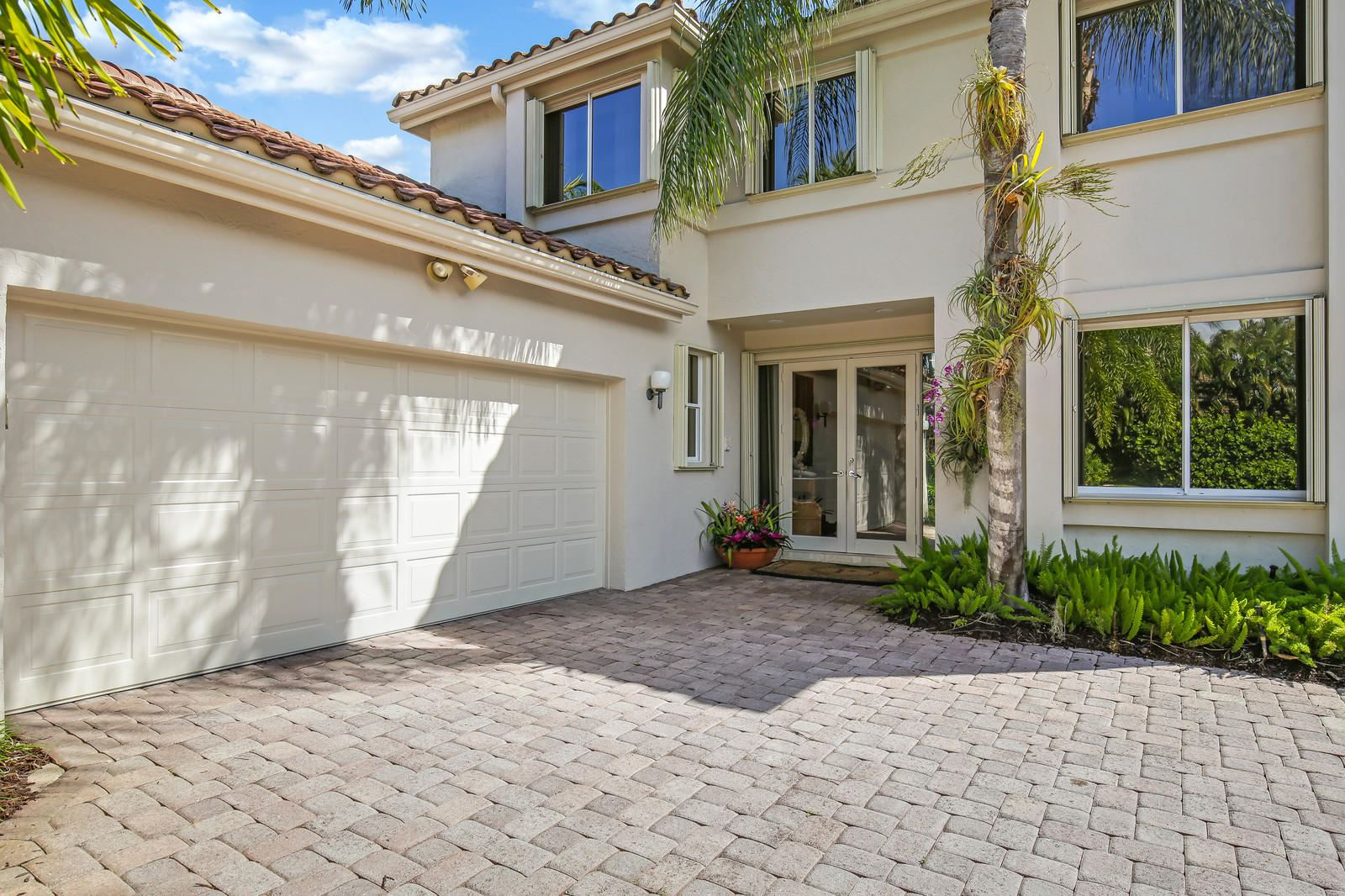 Photo of 3278 Degas Drive E, Palm Beach Gardens, FL 33410 (MLS # RX-10566552)