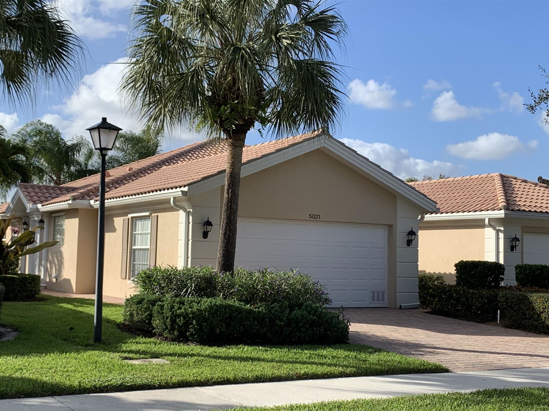 5021 Magnolia Bay Circle, Palm Beach Gardens, FL 33418 - #: RX-10580552