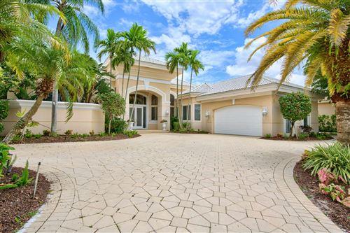 Photo of 52 Saint James Drive, Palm Beach Gardens, FL 33418 (MLS # RX-10644553)