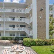 Photo of 1041 Lyndhurst J, Deerfield Beach, FL 33442 (MLS # RX-10614554)