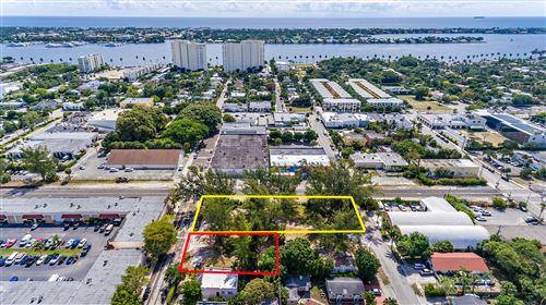 Photo of 502 Park Place, West Palm Beach, FL 33401 (MLS # RX-10529555)