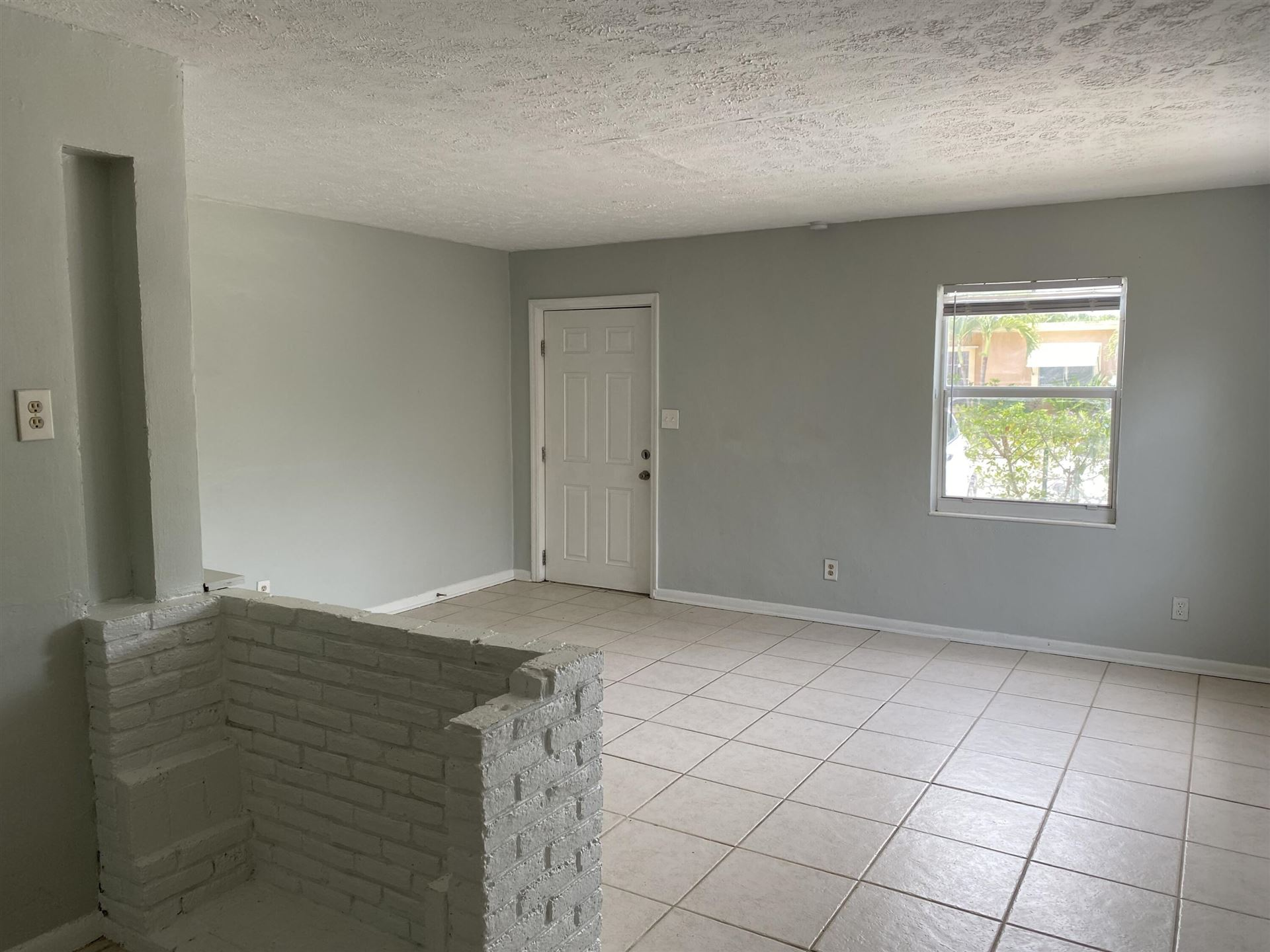 Photo of 1820 Redbank Road # 1, North Palm Beach, FL 33408 (MLS # RX-10724555)