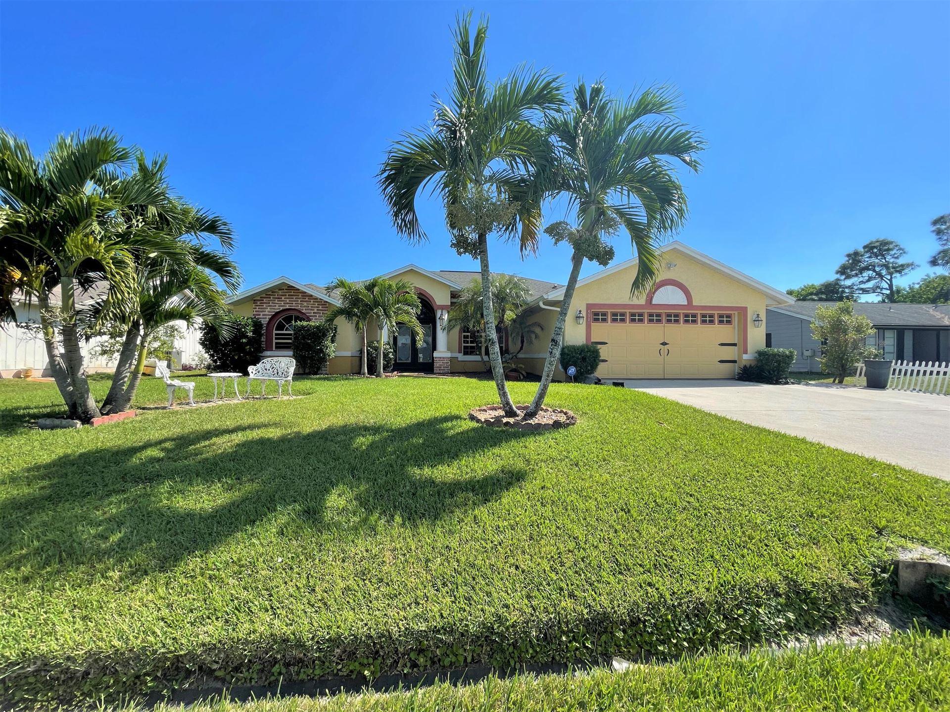 450 SE Guava Terrace, Port Saint Lucie, FL 34983 - #: RX-10750556