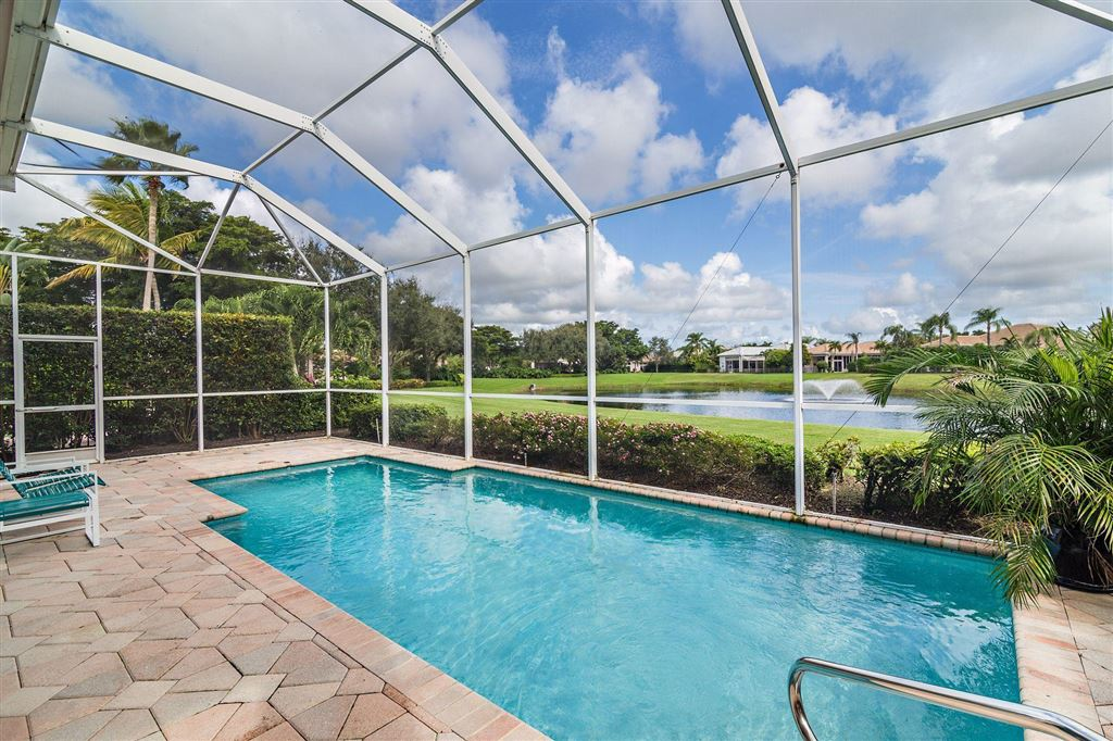 Photo of 391 Isle Court, Palm Beach Gardens, FL 33418 (MLS # RX-10575557)