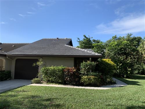 Photo of 10045 Shadywood Place, Boynton Beach, FL 33437 (MLS # RX-10594558)