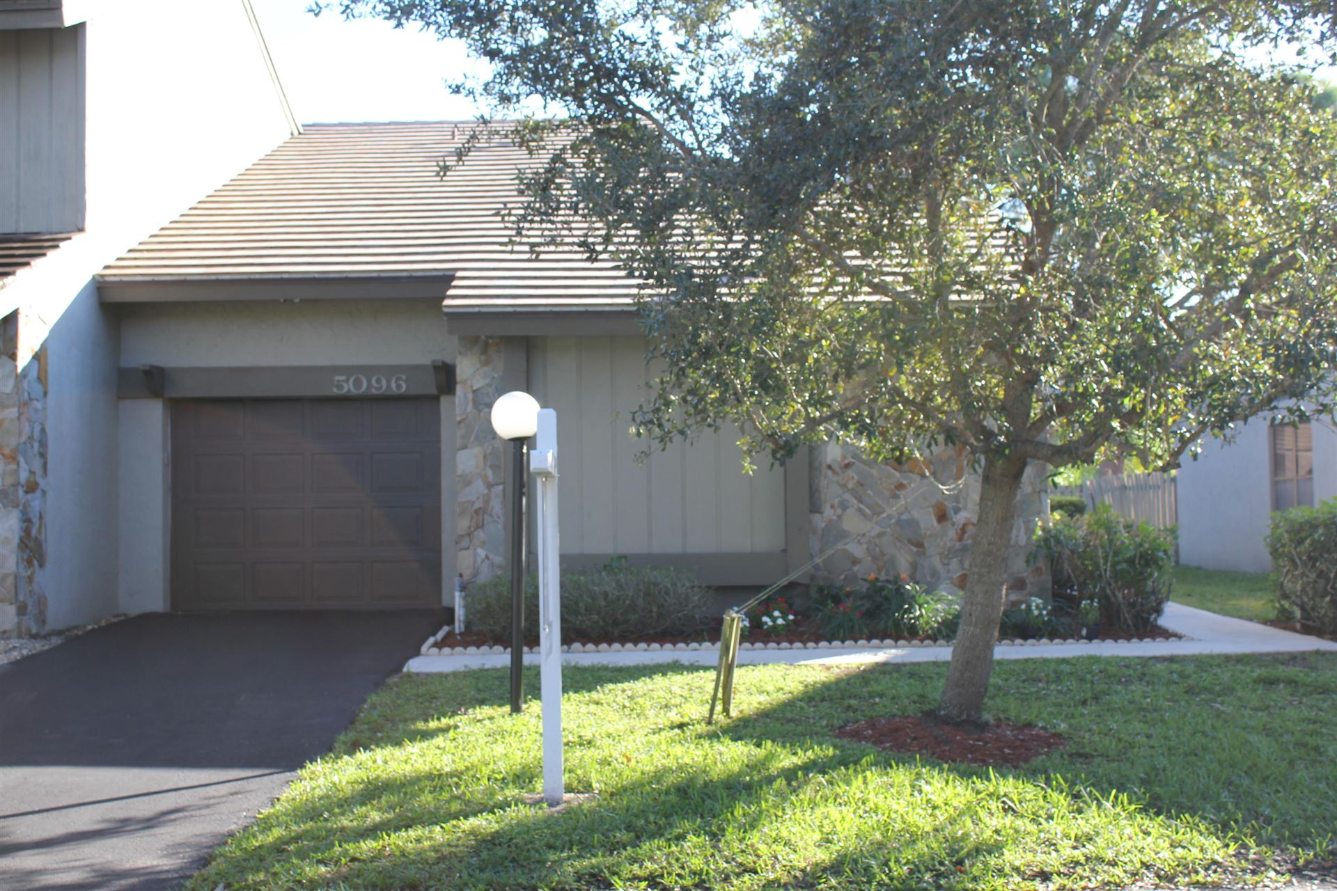 Photo of 5096 Thyme Drive, Palm Beach Gardens, FL 33418 (MLS # RX-10675559)