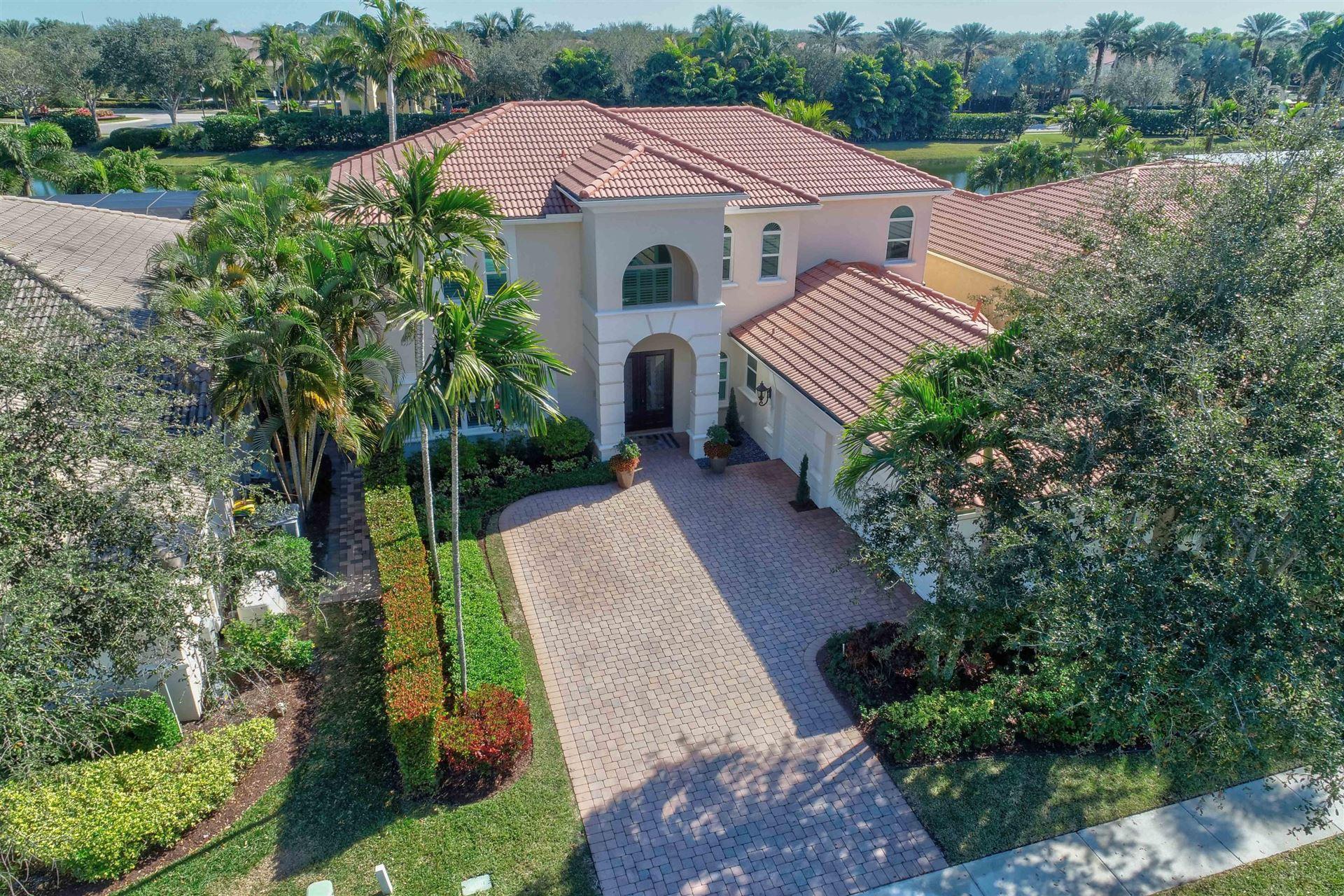 Photo of 267 Sedona Way, Palm Beach Gardens, FL 33418 (MLS # RX-10685560)