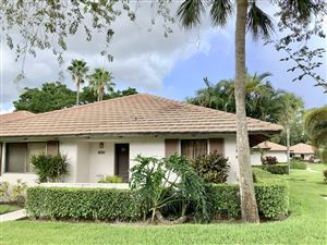 Photo of 828 Club Drive, Palm Beach Gardens, FL 33418 (MLS # RX-10564563)