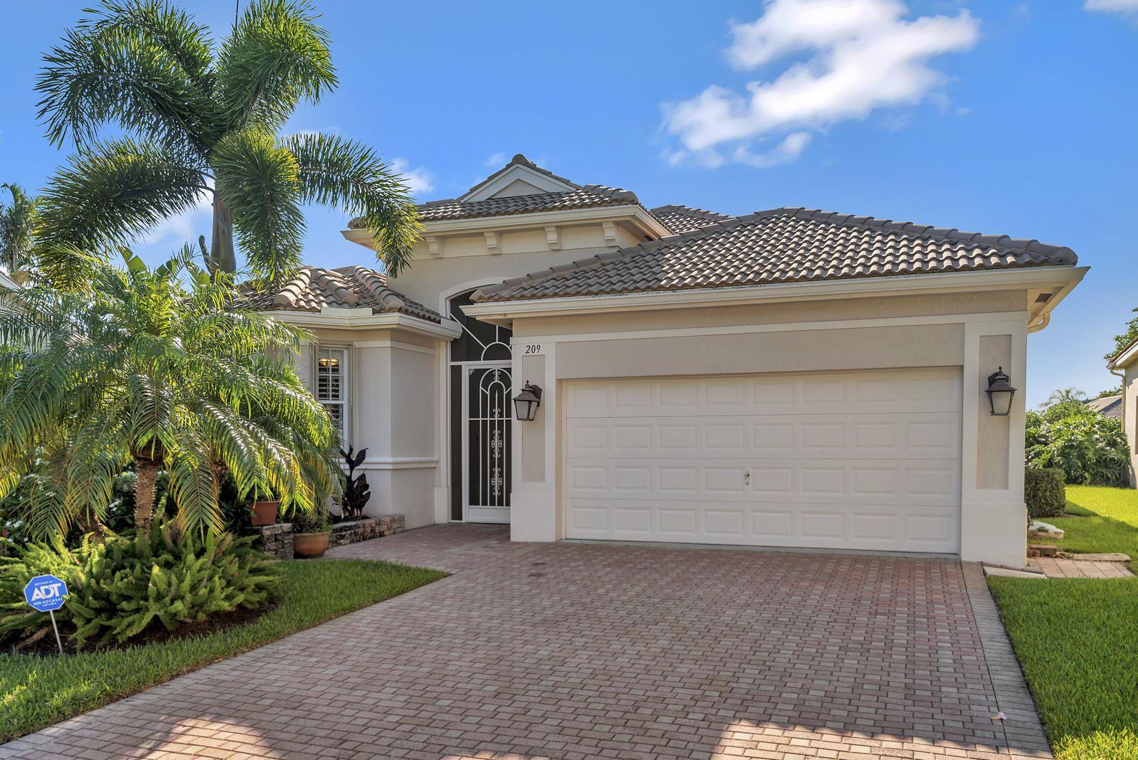 209 Palm Circle, Atlantis, FL 33462 - #: RX-10631563