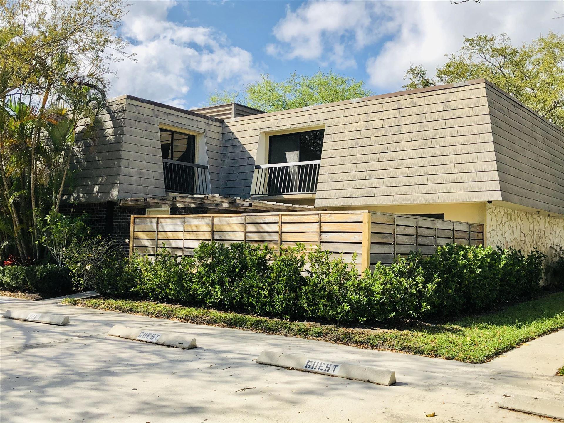 Photo of 204 2nd Terrace, Palm Beach Gardens, FL 33418 (MLS # RX-10694563)