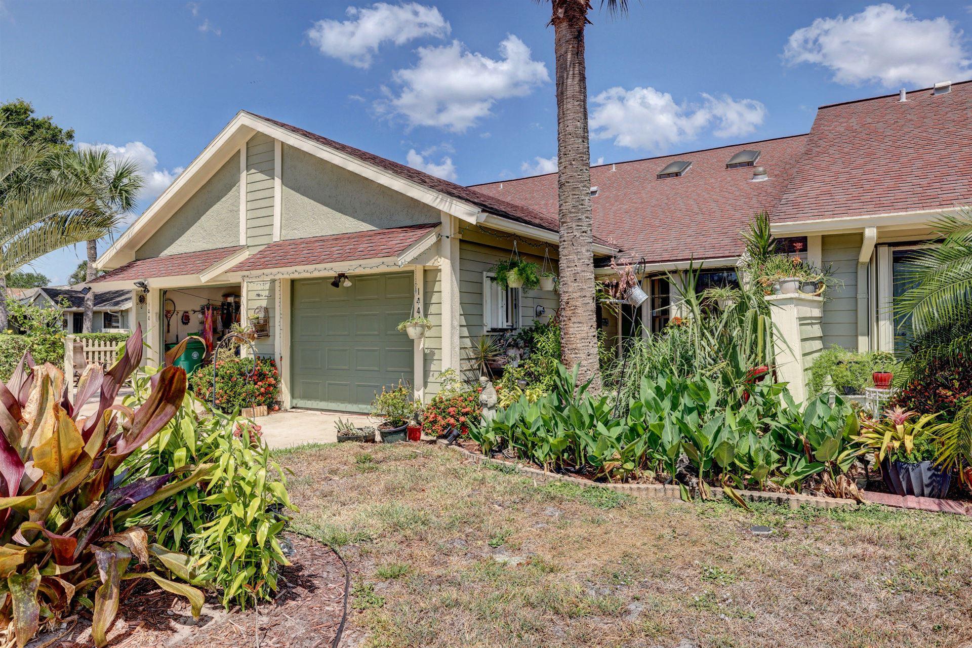 1443 SE Colchester Circle, Port Saint Lucie, FL 34952 - #: RX-10706563