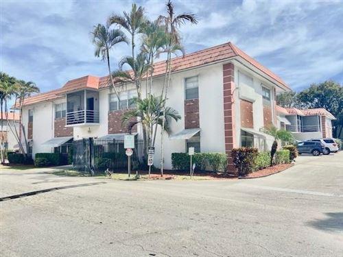 Photo of 3550 NW 8th Avenue #811, Pompano Beach, FL 33064 (MLS # RX-10704564)