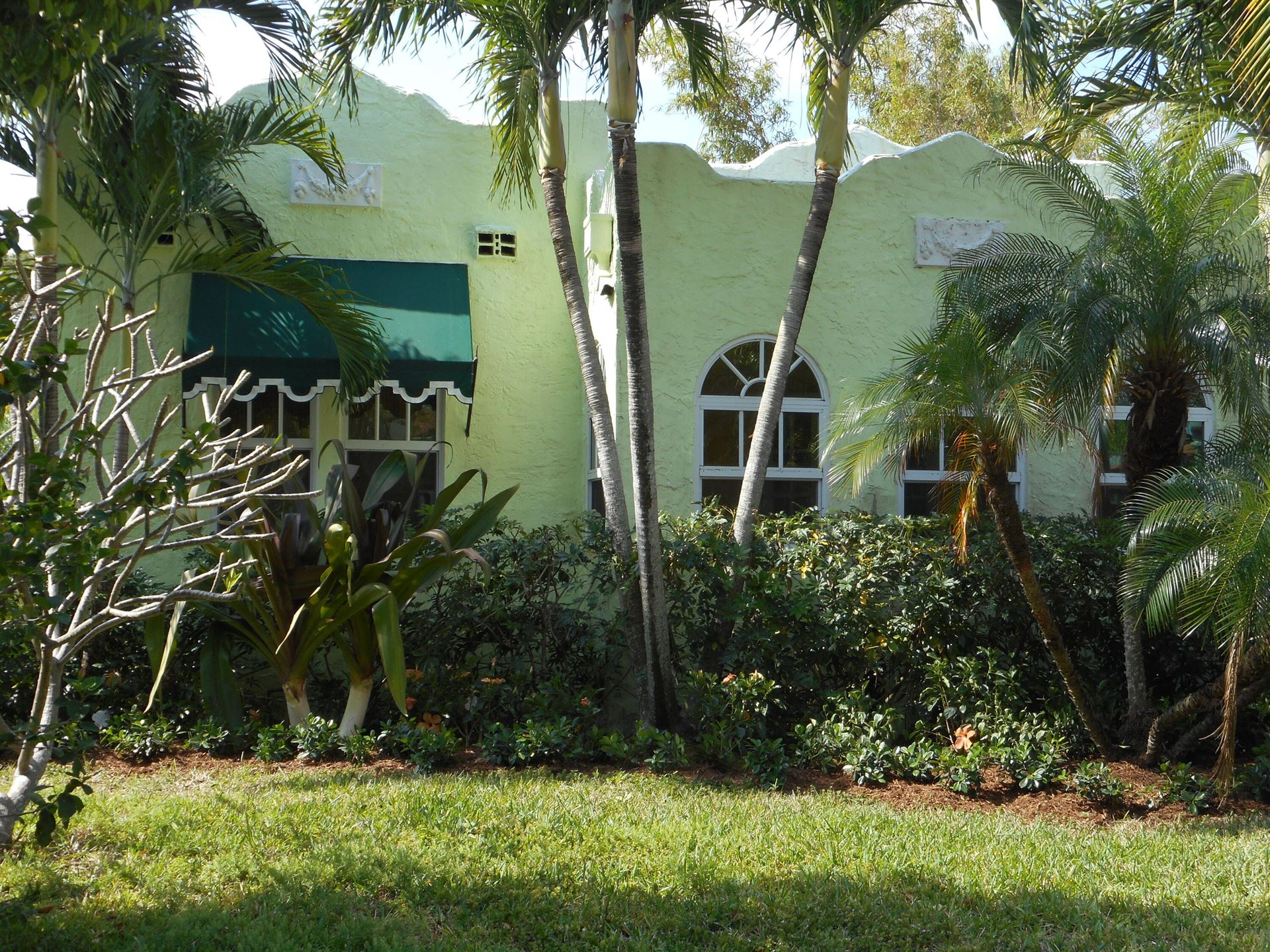 Photo of 822 Flamingo Drive, West Palm Beach, FL 33401 (MLS # RX-10708566)