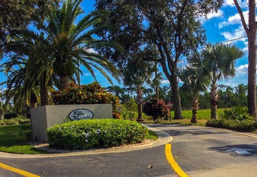 19 Lake Vista Trail #101, Fort Pierce, FL 34950 - #: RX-10596567