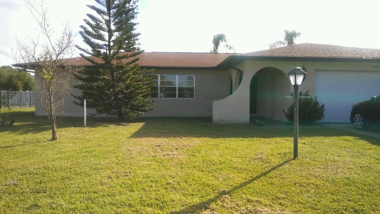 542 SE Euclid Lane, Port Saint Lucie, FL 34983 - #: RX-10731567