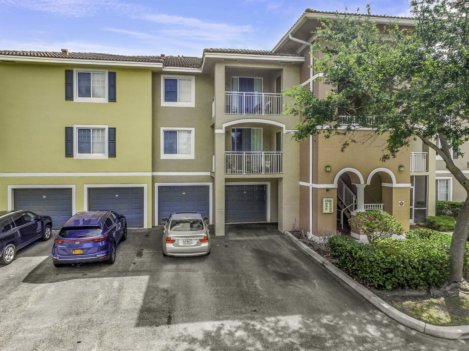 6466 Emerald Dunes Drive #108, West Palm Beach, FL 33411 - MLS#: RX-10716568