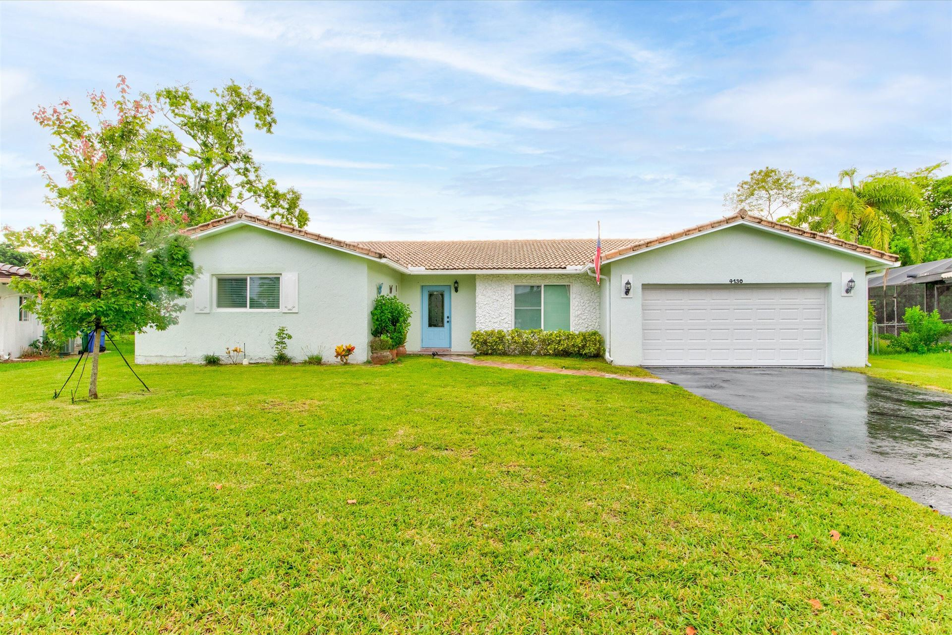 Photo of 4130 NW 113th Avenue, Coral Springs, FL 33065 (MLS # RX-10733572)