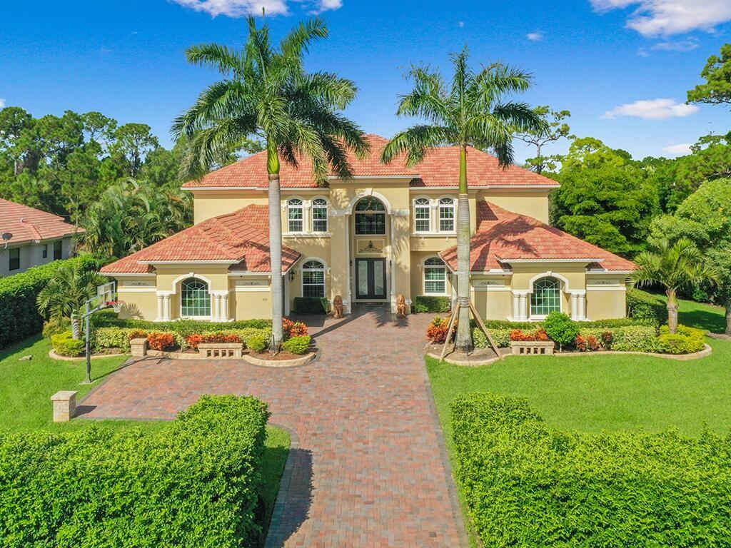 679 SW Squire Johns Lane, Palm City, FL 34990 - #: RX-10746572