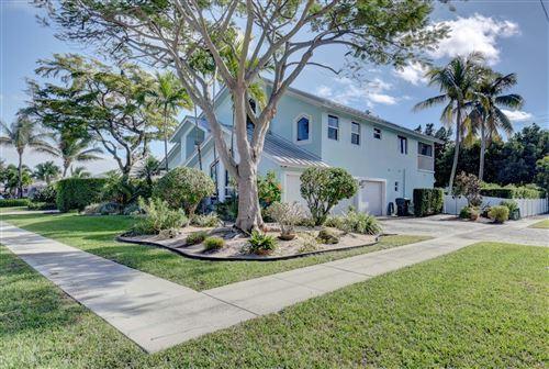 Photo of 1090 Sw SW 15th Street, Boca Raton, FL 33486 (MLS # RX-10680573)