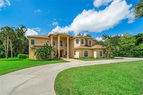 Photo of 13287 Doubletree Circle, Wellington, FL 33414 (MLS # RX-10630575)