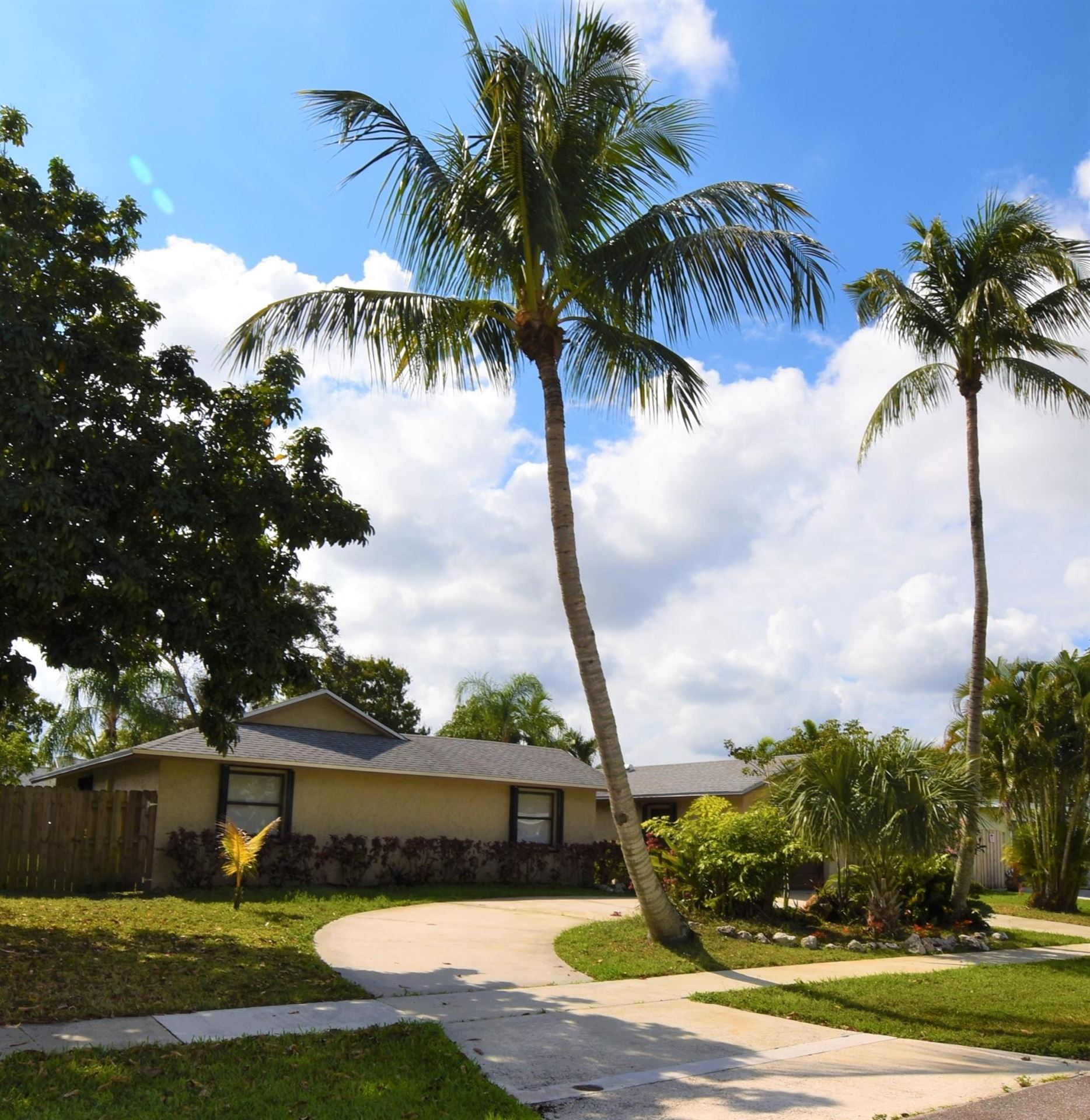 10348 Showboat Lane, Royal Palm Beach, FL 33411 - #: RX-10693575