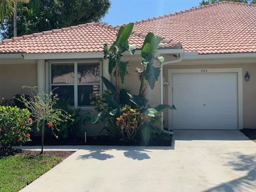 Photo of 233 W Coral Trace Circle W, Delray Beach, FL 33445 (MLS # RX-10714576)
