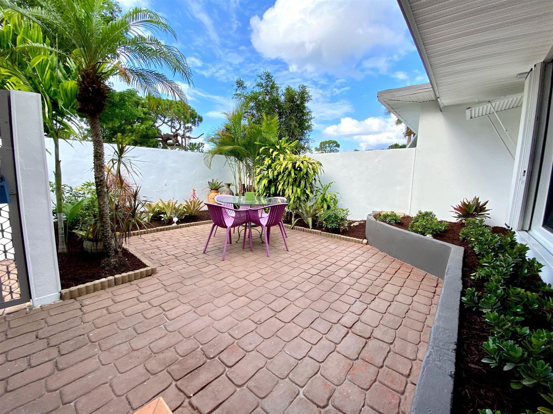 Photo of 1532 NE 27 Street, Wilton Manors, FL 33334 (MLS # RX-10716578)