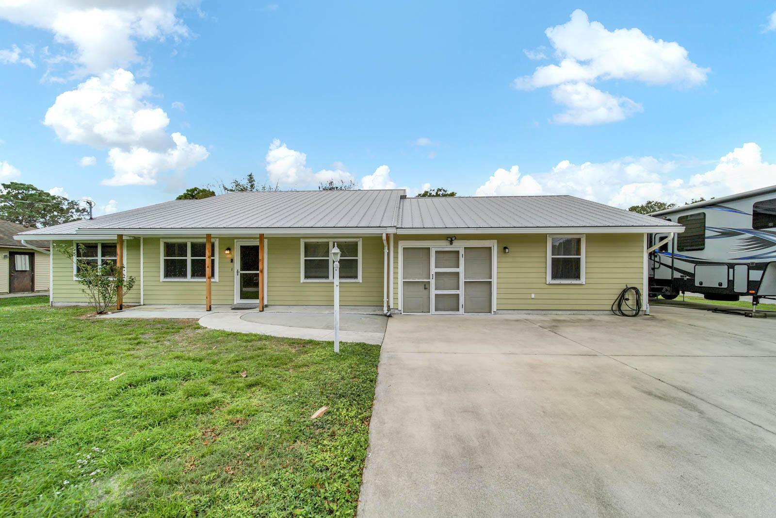 5401 Birch Drive, Fort Pierce, FL 34982 - #: RX-10672581